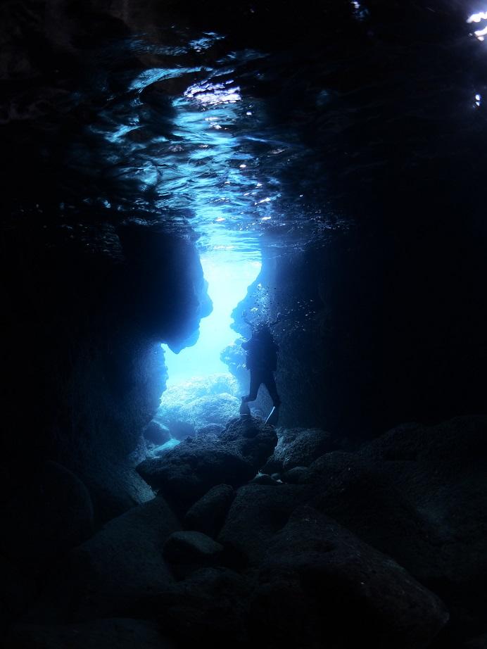 宮古島ツインホール_青の洞窟_ジェイケーウェーブ_JK-Wave