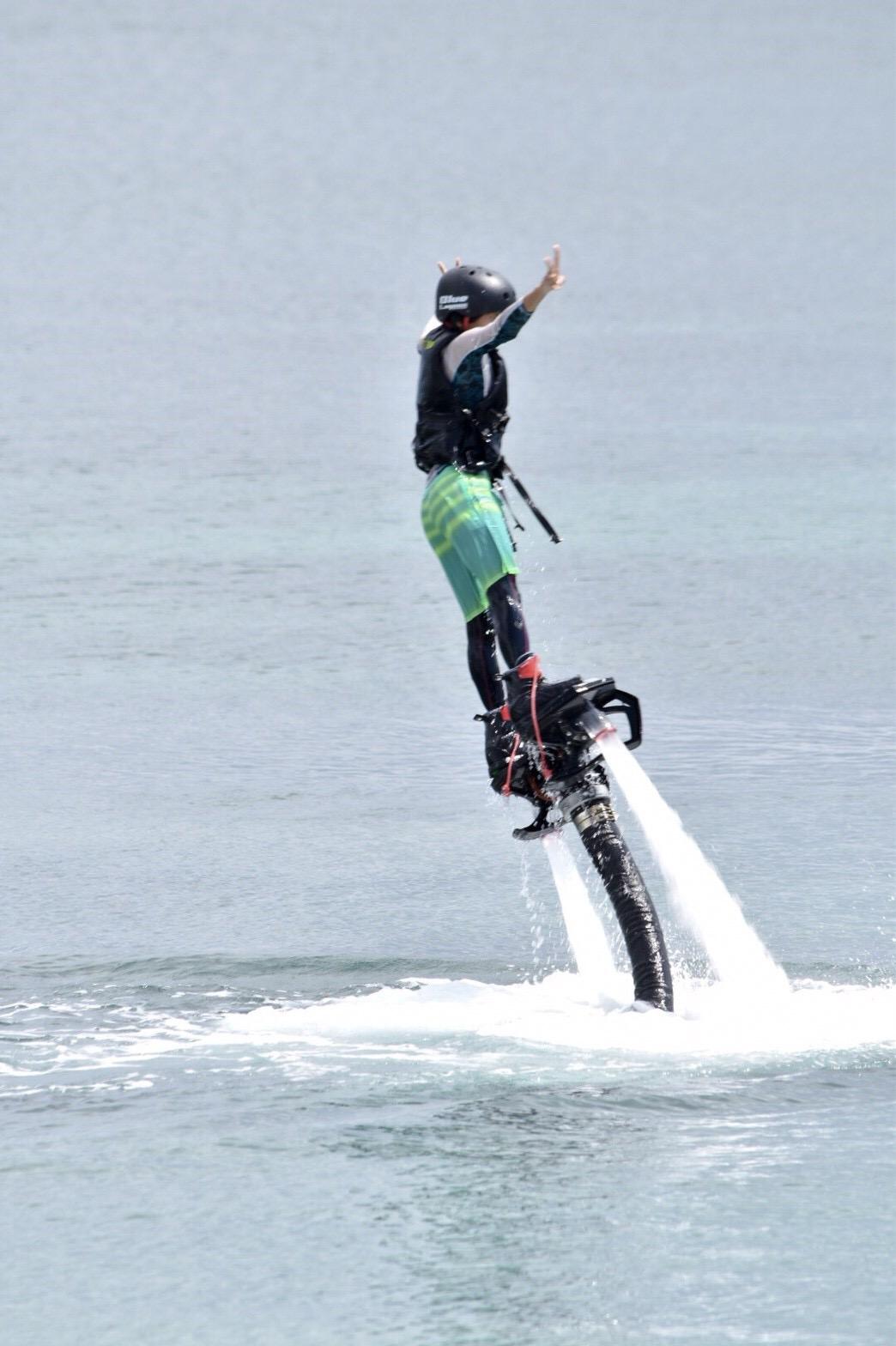 ジェイケ-ウェーブJK-Wave_沖縄_フライボート_ブルーラグーンオキナワ02